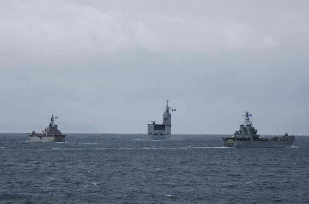 Άσκηση του Πολεμικού Ναυτικού με γαλλικό ελικοπτεροφόρο πλοίο