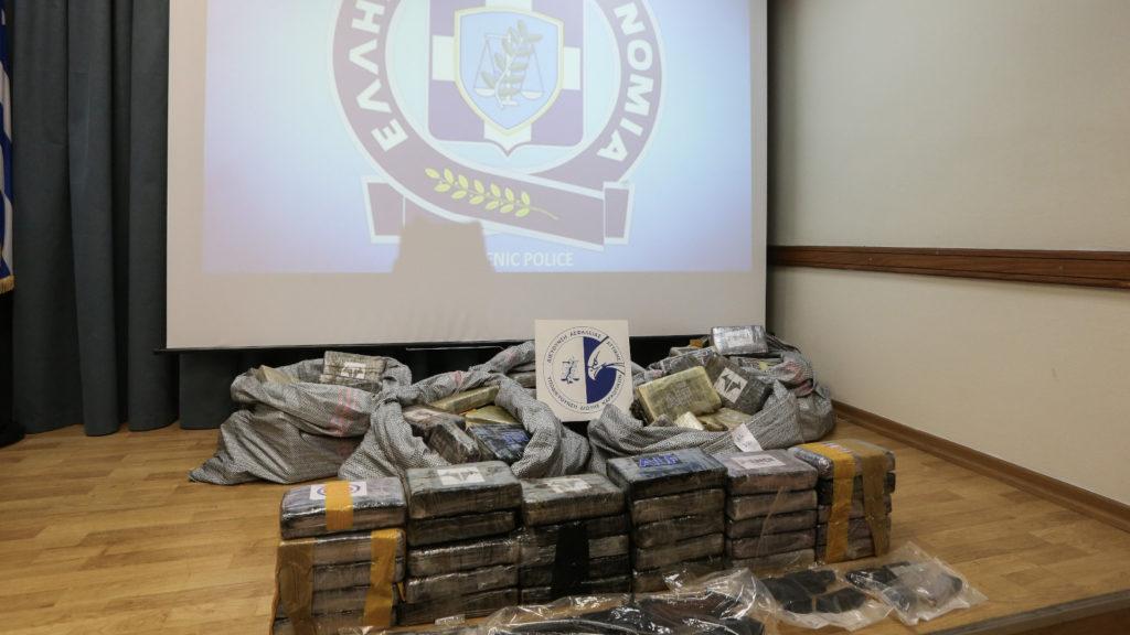 Αστυνομία Δίωξη Ναρκωτικών εντοπισμός 1200 κιλών κοκαΐνης στον Αστακό στις 20/1/2020
