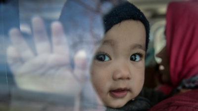Παιδί μετανάστης στη Λέσβο