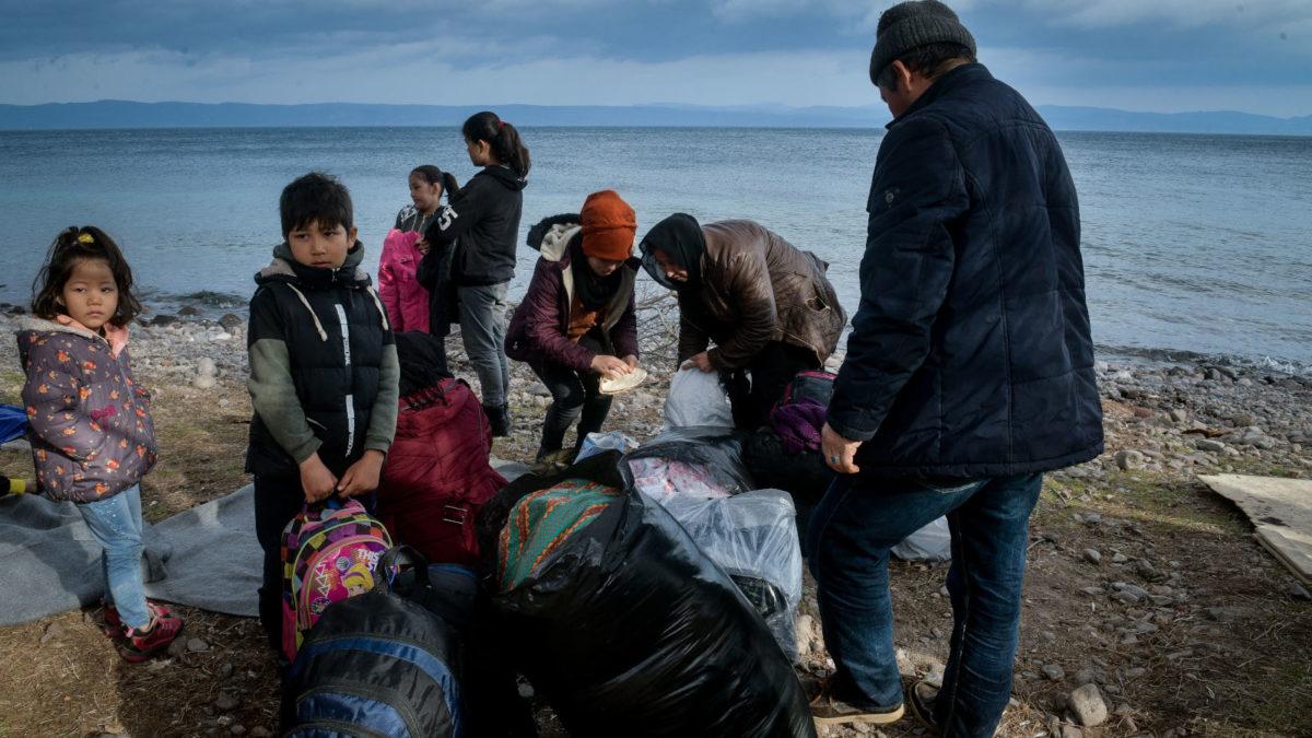 Αφγανοί μετανάστες σε παραλία της Λέσβου Μάρτης 2020
