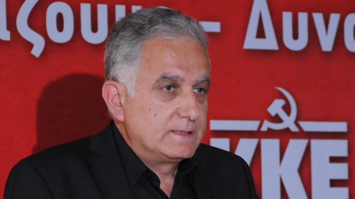 Μιχάλης Μιχαήλ, Ανθυποπυραγός Π.Υ ε.α. και στέλεχος του ΚΚΕ