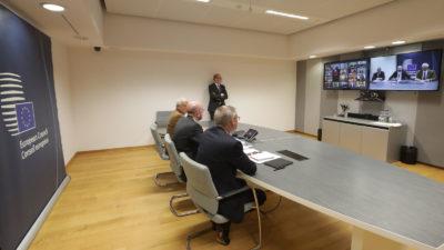 Τηλεδιάσκεψη ηγετών ΕΕ για οικονομικά μέτρα για τον COVID-19