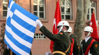 Ελληνική Τουρκική Σημαία1