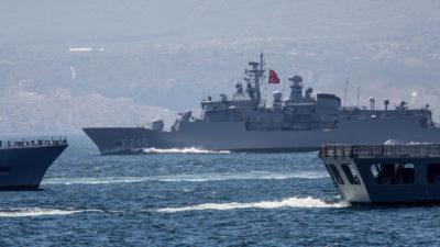 Τουρκική Άσκηση- Φρεγάτες-πλοίο