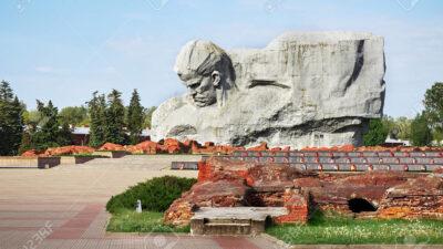 Μπρεστ- Λιτόφσκ, Μνημείο του Κόκκινου Στρατού