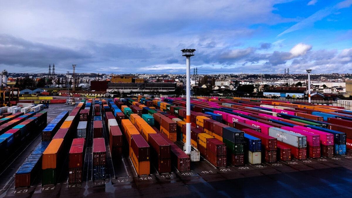 κοντεινερ πλοίων λιμάνι εμπόριο