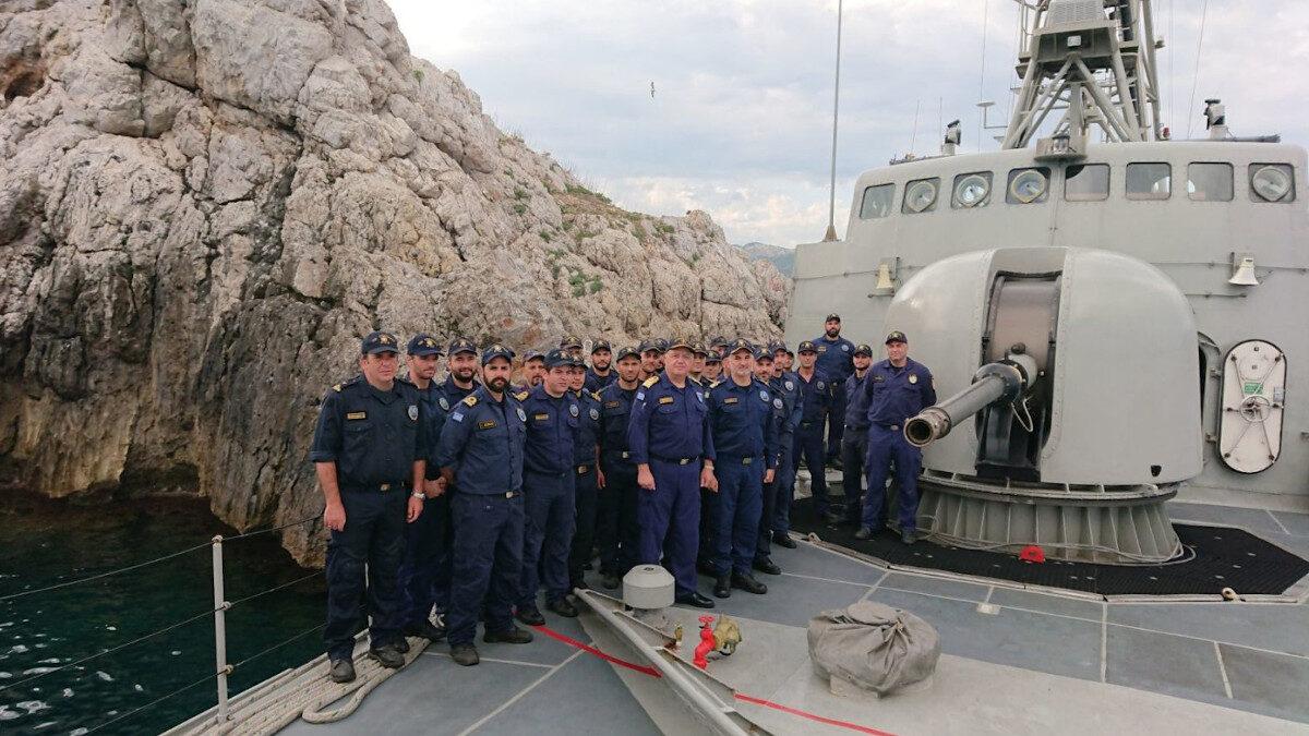 Επίσκεψη Αρχηγού ΓΕΝ σε πλοία και άλλες μονάδες στη Λέσβο