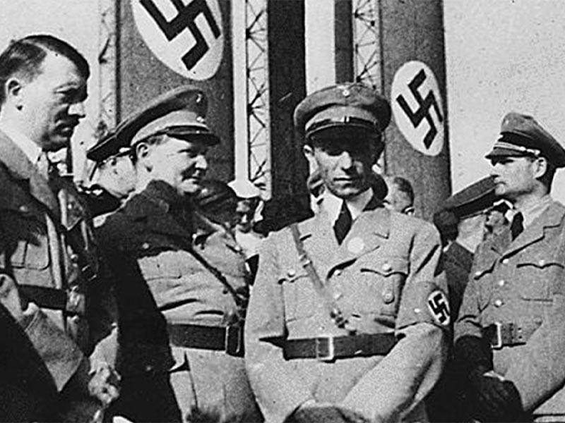 Οι αρχισφαγείς ναζί Χίτλερ, Γκέρινγκ, Γκέμπελς και Ες
