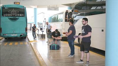 Εξόρμηση του ΚΚΕ στο ΚΤΕΛ Τρίπολης- Στρατιώτες