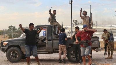 Δυνάμεις του GNA καταλαμβάνουν αεροδρόμιο στην Τρίπολη