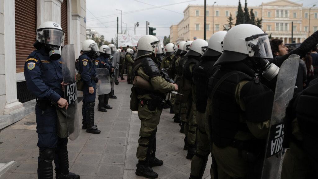 ΜΑΤ στο Σύνταγμα-Αστυνομία