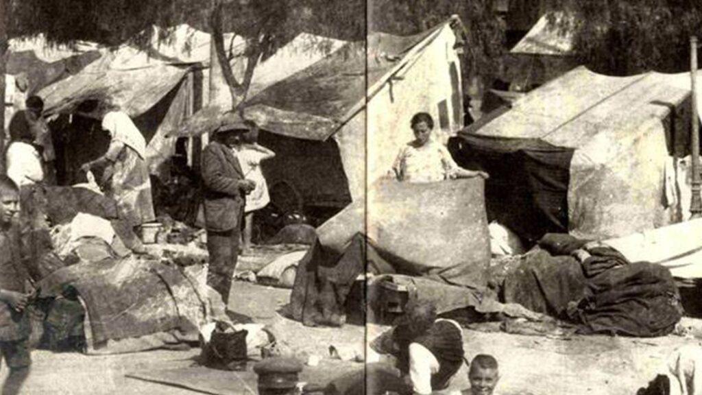 Ελλάδα - Έλληνες πρόσφυγες,  στα παραπήγματα, 1926