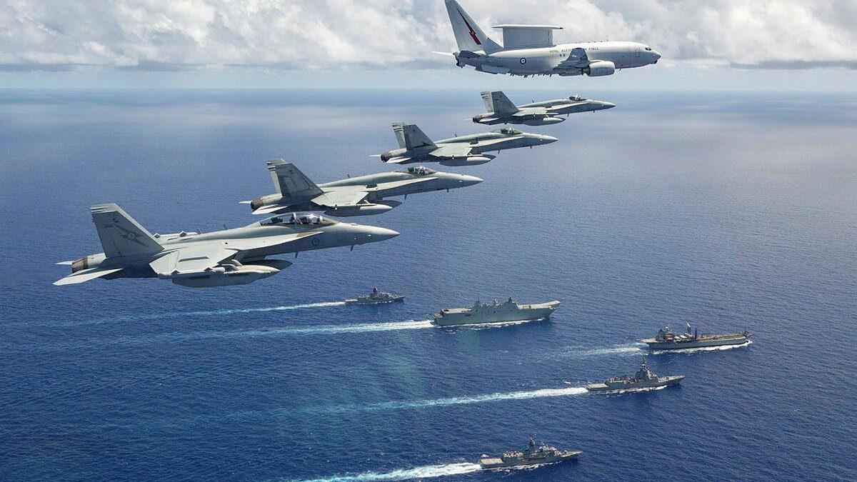 Κοινά αεροναυτικά γυμνάσια Αυστραλίας - Ιαπωνίας - ΗΠΑ στη Θάλασσα των Φιλιππίνων