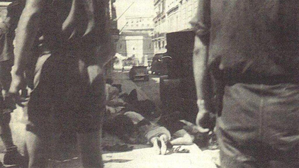 Νεκροί και τραυματίες διαδηλωτές από τις σφαίρες των Ναζί στην Αθήνα