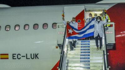 Γιατροί από την Κούβα φτάνουν στην Ανδόρα για να βοηθήσουν στην καταπολέμηση του κορονοϊού