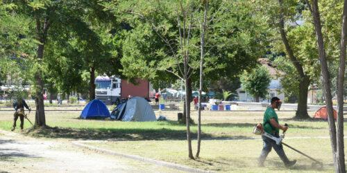 εργασίες προετοιμασίας στο Στόμιο της Λάρισας που θα φιλοξενήσει το 29ο Αντιιμπεριαλιστικό Διήμερο της ΚΝΕ