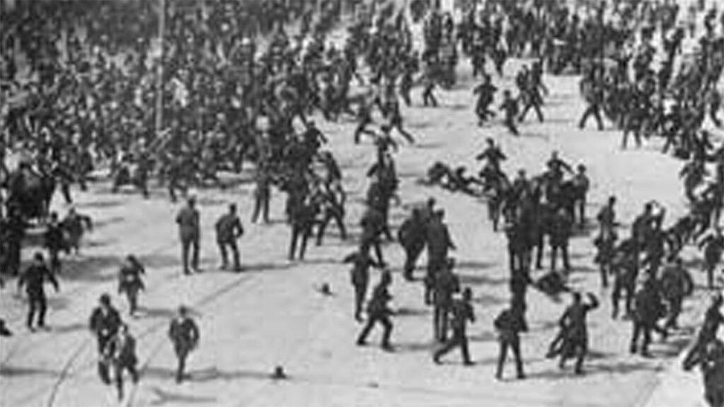 Από την επίθεση κατά των διαδηλωτών στο Δουβλίνο