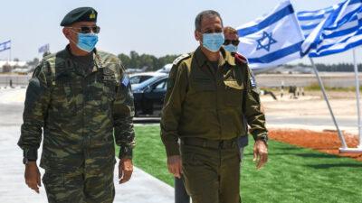 Αρχηγός ΓΕΕΘΑ Στρατηγός Κωνσταντίνος Φλώρος στο Ισραήλ με τον Αρχηγό ΓΕΕΘΑ Αντιστράτηγου Αβίβ Κοχαβί, 14/7/2020