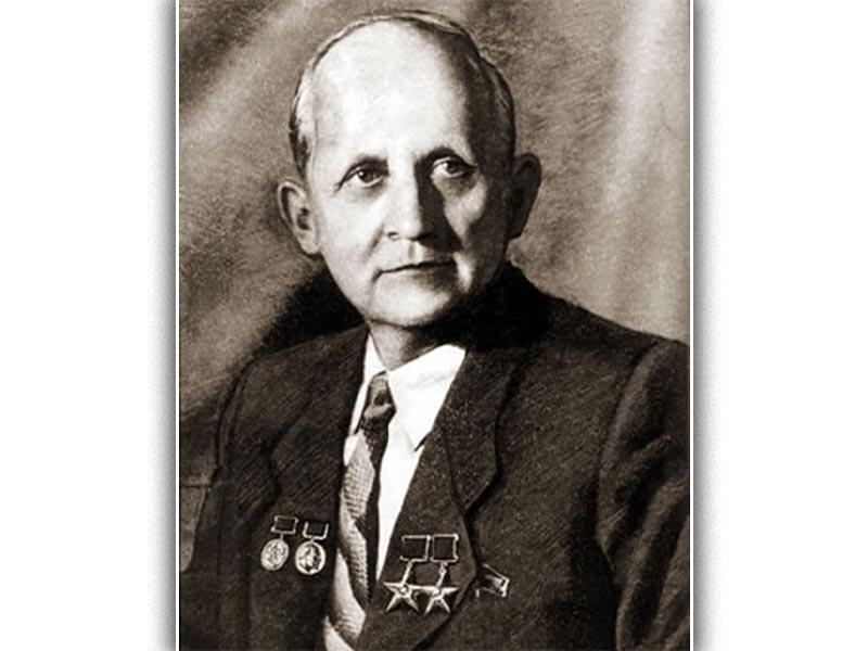 Ο Πάβελ Σουχόϊ
