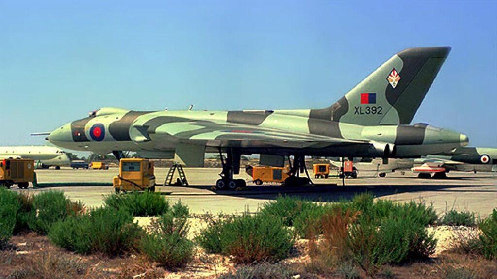 Αεροσκάφος «Βούλκαν» στη βάση του Ακροτηρίου