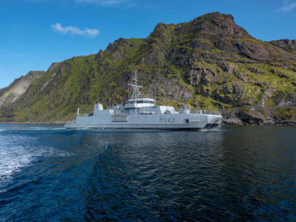 Το νορβηγικό ναρκαλιευτικό HNoMS Maaloey - NATO - snmcmg1