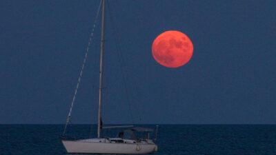 Ανατολή της Πανσελήνου στο Νότιο Ευβοϊκό - Φεγγάρι