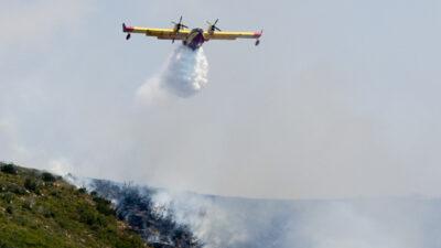 Αεροπλάνο Καναντέρ - Πυρκαγιά σε Άνω Καλλιθέα Αχαΐας - 25/8/2020