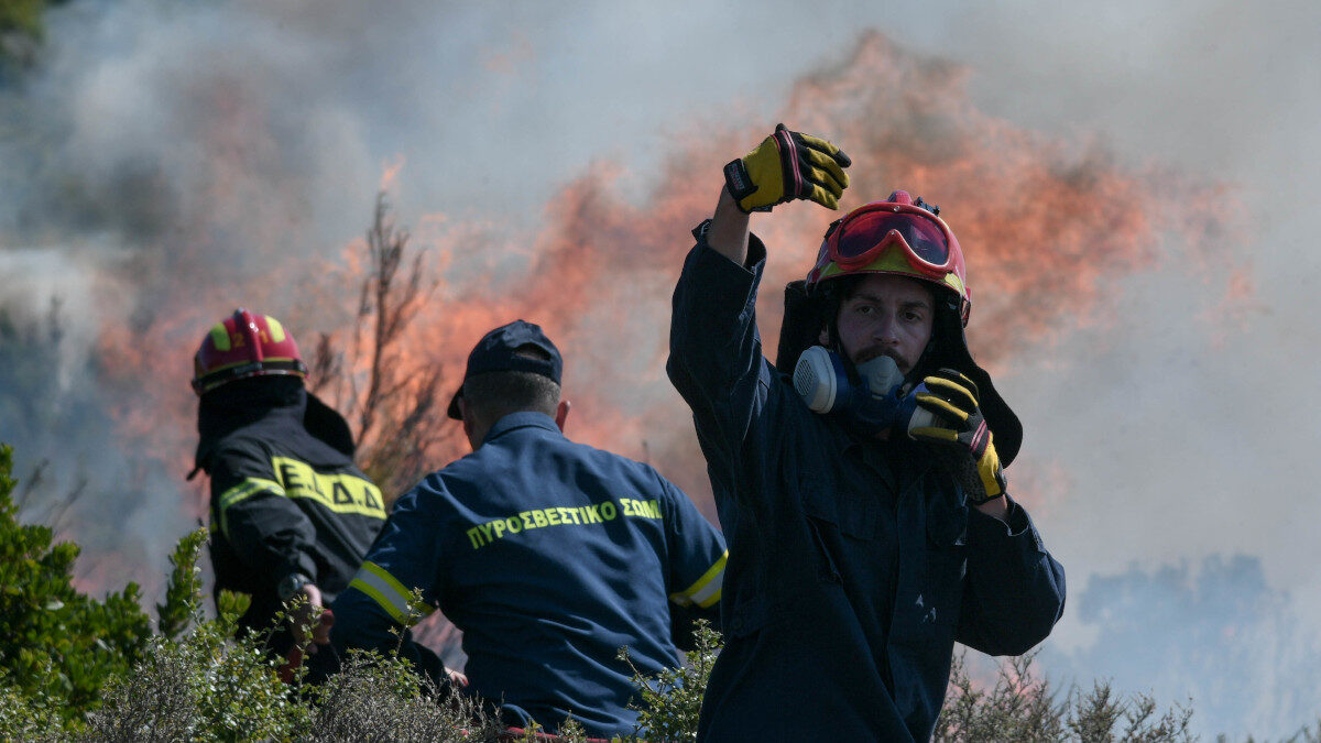 Πυροσβεστική - Κατάσβεση πυρκαγιάς στο Διόνυσο Αττικής 24/8/2020