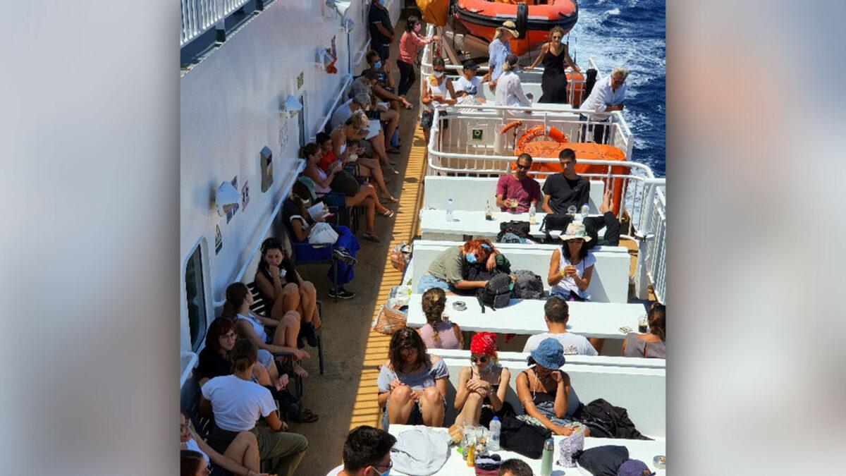Συνωστισμός στα πλοία της ακτοπλοΐας