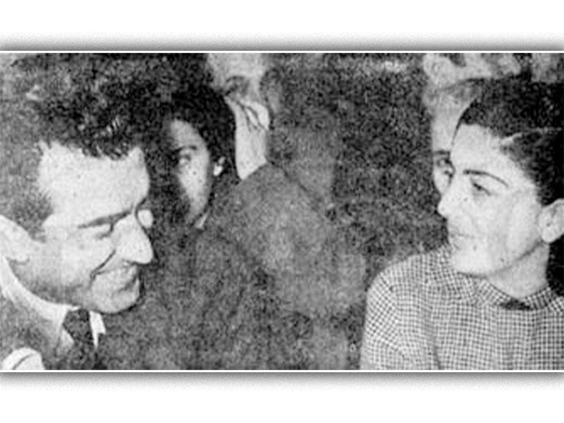 Η Μαρία Φωκά στη δίκη μαζί με τον Νίκο Μπελογιάννη