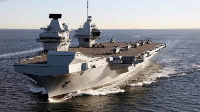 Το αεροπλανοφόρο HMS Queen Elizabeth του Βασιλικού Ναυτικού του Ηνωμένου Βασιλείου