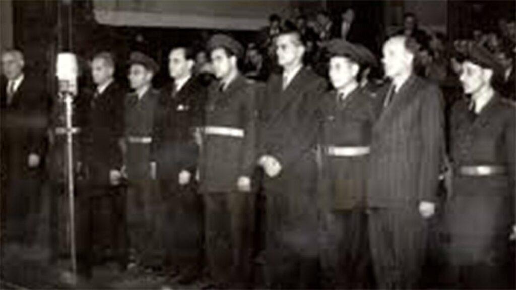 Έναρξη της δίκης των αντεπαναστατών Λάζλο Ράικ, Λάζαρ Μπράνκοφ στη Βουδαπέστη