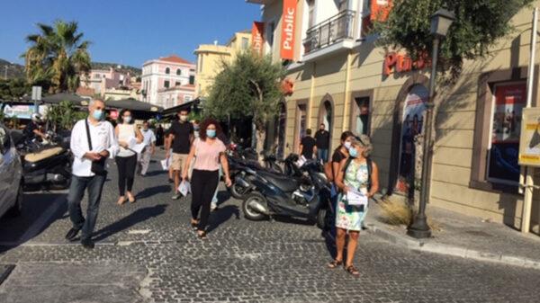 Λέσβος: Εξόρμηση του ΚΚΕ για να κλείσει η Μόρια και να απεγκλωβιστούν οι πρόσφυγες από το νησί