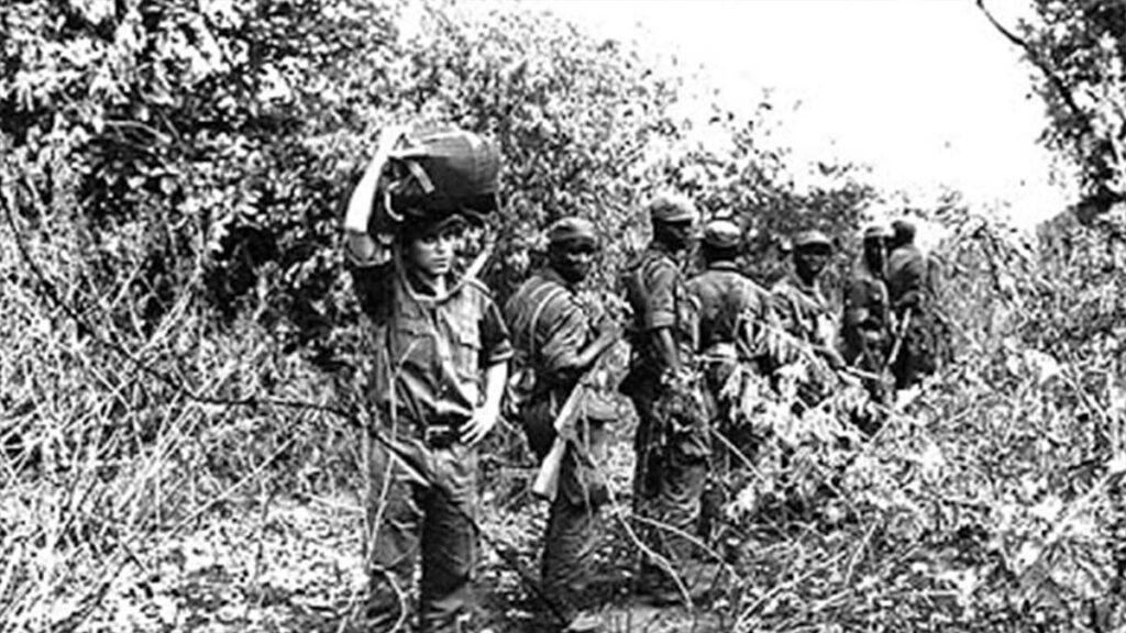 Ένοπλη εξέγερση κατά των Πορτογάλων ιμπεριαλιστών στη Μοζαμβίκη
