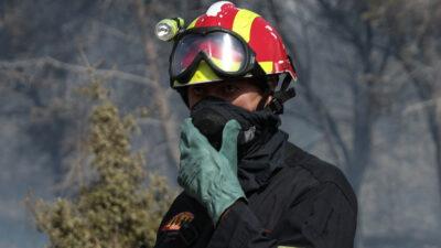 Πυροσβέστης - Πυρκαγιά στον Βύρωνα, Αττικής 27-9-2020