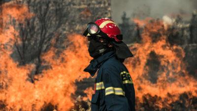 Πυροσβέστης - Kατάσβεση της Πυρκαγιάς στην Κερατέα 9/9/2020
