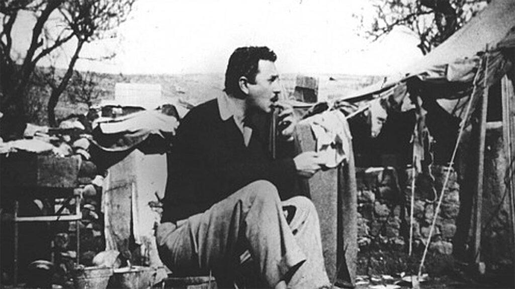 Ο Γ. Ρίτσος στην εξορία