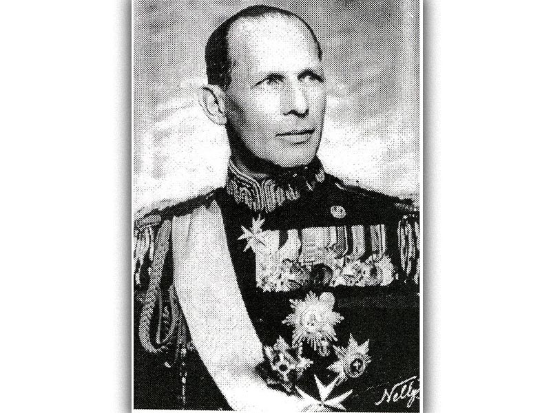 Ο Βασιλιάς Γεώργιος Β'
