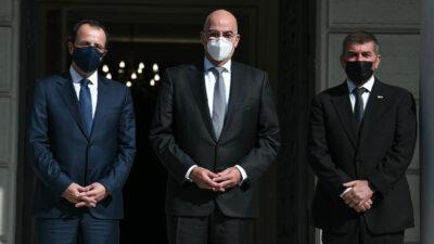Τριμερής Συνάντηση Ελλάδας - Κύπρου - Ισραήλ με την συμμετοχή των υπουργών Εξωτερικών Νίκου Δένδια, Νίκου Χριστοδουλίδη και Γκάμπι Ασκενάζι την Τρίτη 27 Οκτωβρίου 2020