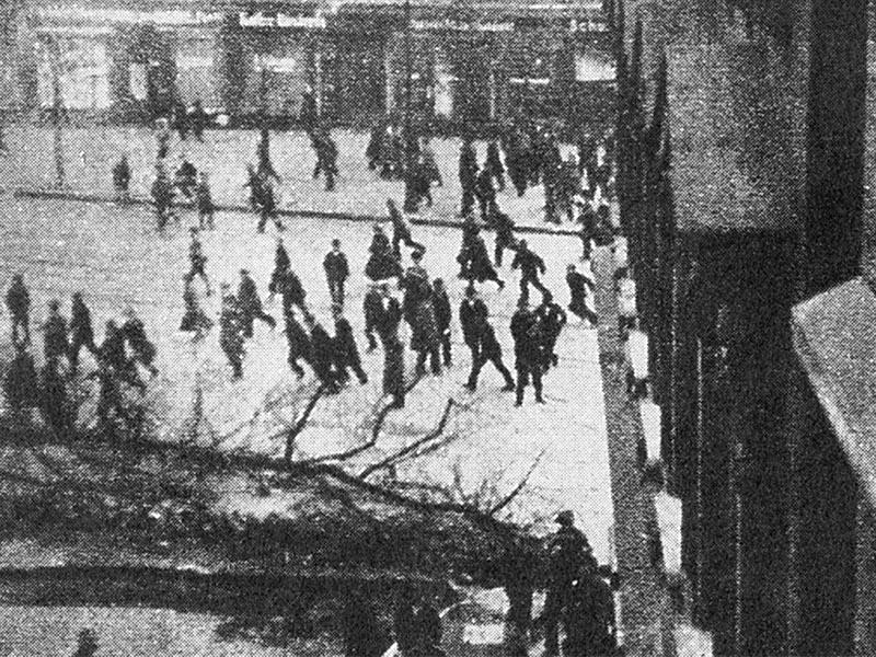 Εργάτες στους δρόμους του Αμβούργου το 1923