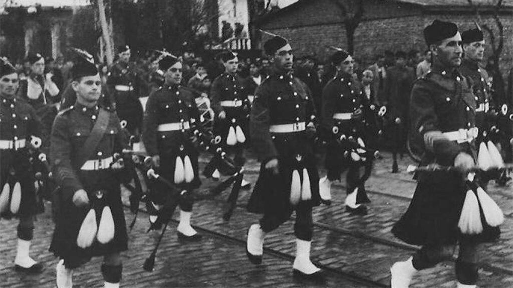 Βρετανοί παρελαύνουν στην Θεσσαλονίκη