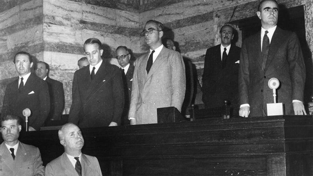 Η κυβέρνηση του Κ. Καραμανλή στη Βουλή