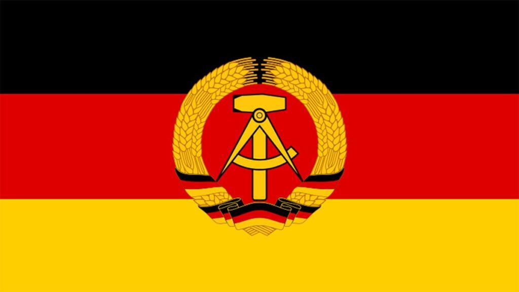 Η σημαία της Λαοκρατικής Δημοκρατίας της Γερμανίας
