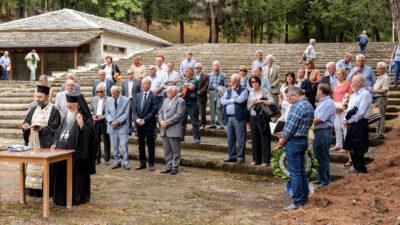 Γιορτές μίσους στο Γράμμο και στο Βίτσι που διοργανώνει η Ένωσης Αποστράτων Αξιωματικών Στρατού μαζί με τους εγκληματίες ΝΑΖΙ βουλευτές της Χρυσής Αυγής