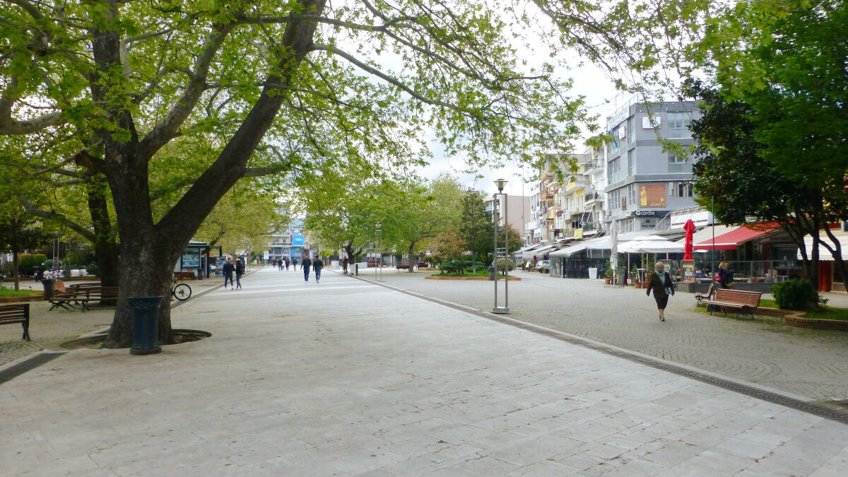 Κεντρική Πλατεία Κομοτηνής (Πλατεία Ειρήνης)
