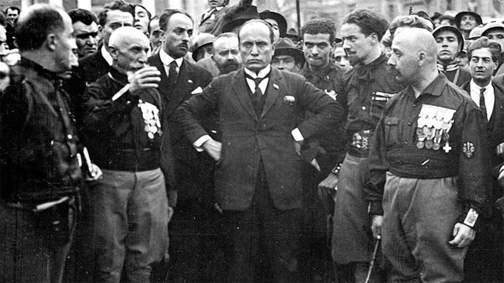 Ο Μπ. Μουσολίνι κατά την διάρκεια της «πορείας προς την Ρώμη»
