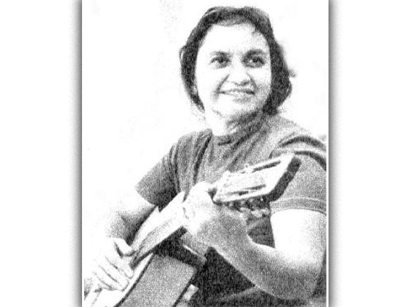 Η Βιολέτα Πάρα