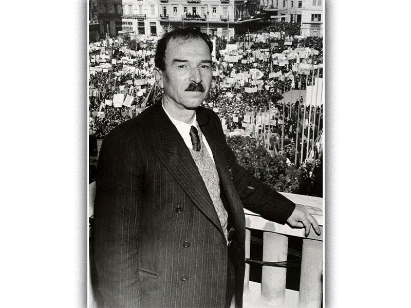 Ο Γραμματέας της ΚΕ του ΚΚΕ Γ. Σιάντος