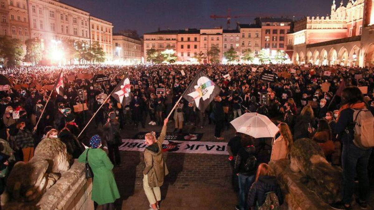 πολωνία διαδήλωση