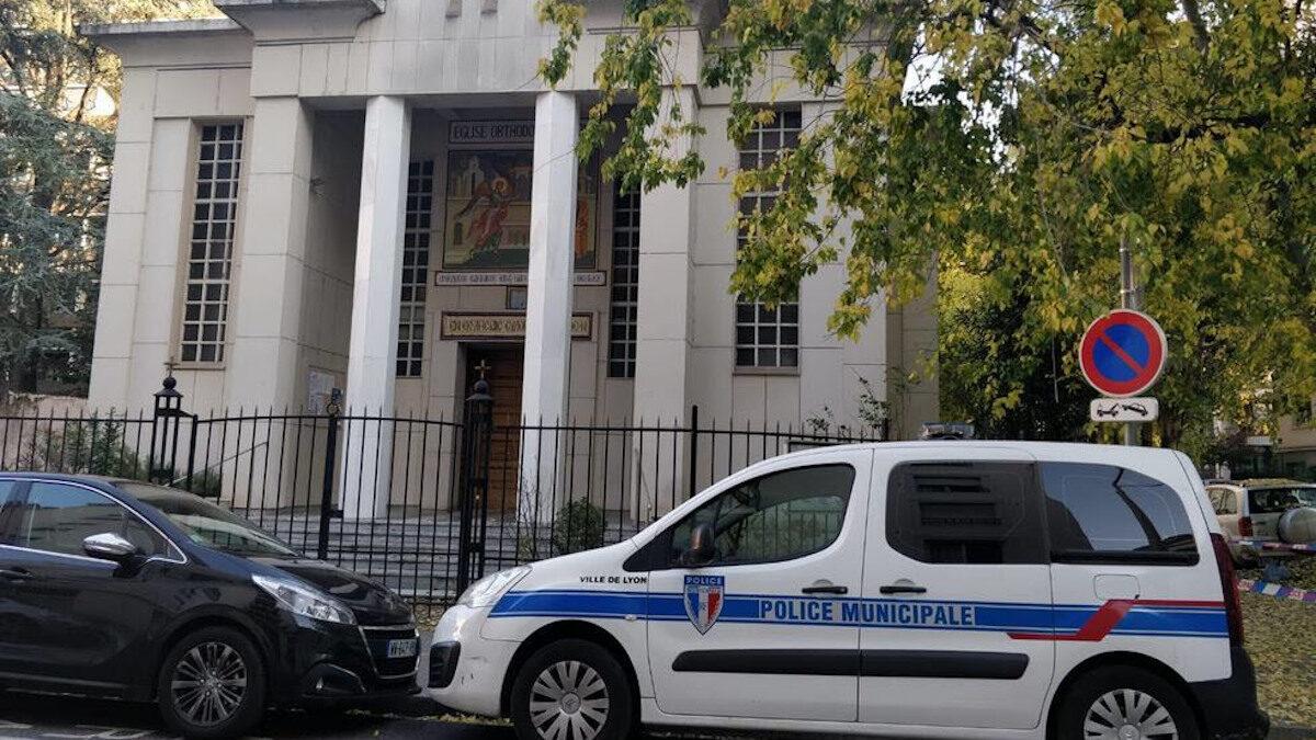 Επίθεση σε ορθόδοξο ιερέα στη Λιόν